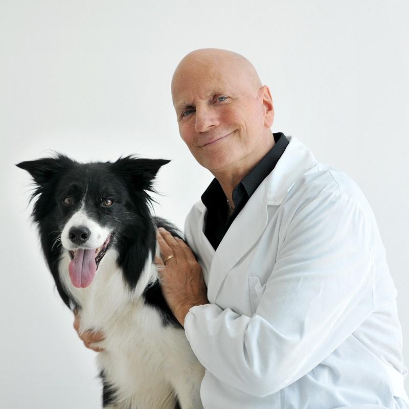 dr Sergio Canello - to on stworzył karmy wspomagające leczenie problemów zdrowotnych u psów i kotów