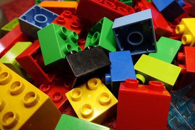 lego blocks 2458575 640