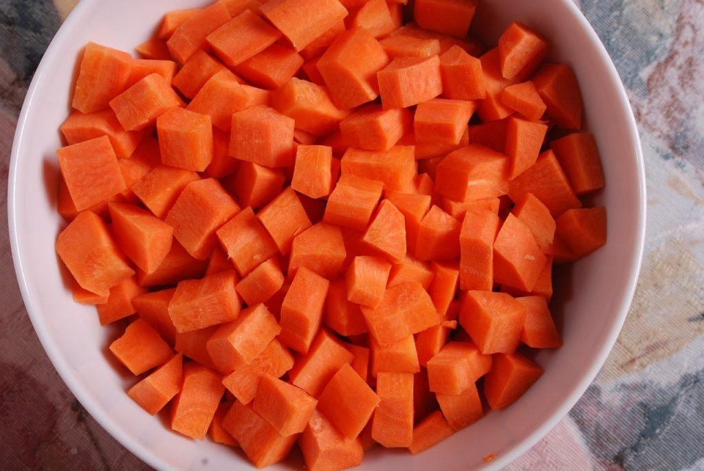 gotowana marchew dla psa